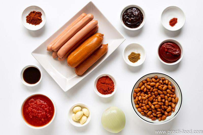 תבשיל שעועית ונקניקיות מרכיבים